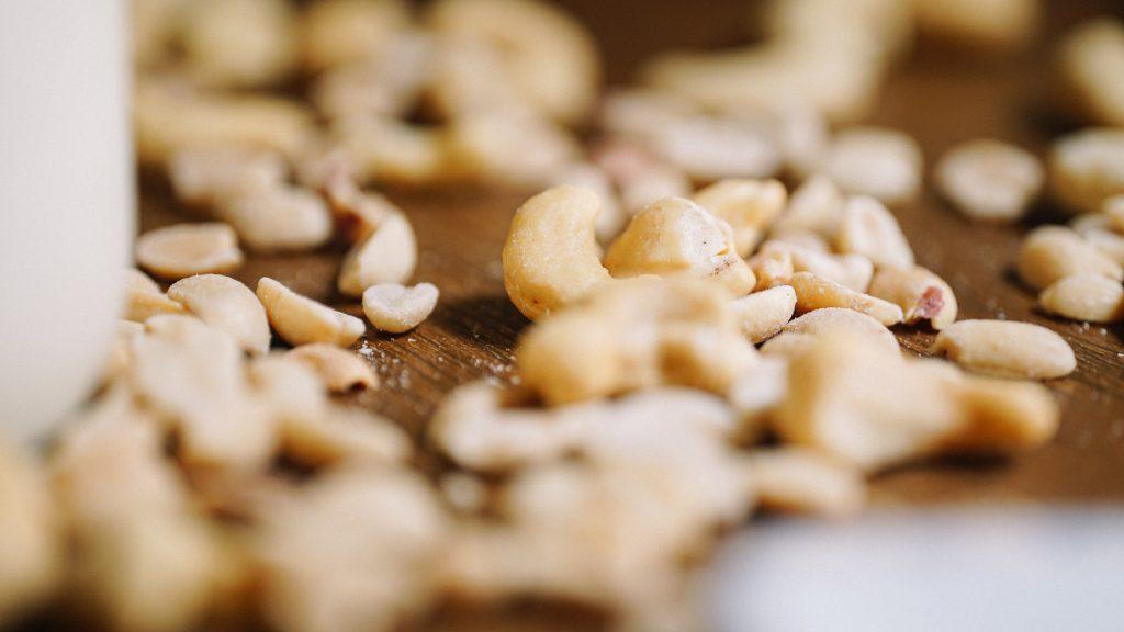 How to Make Cashew Kefir